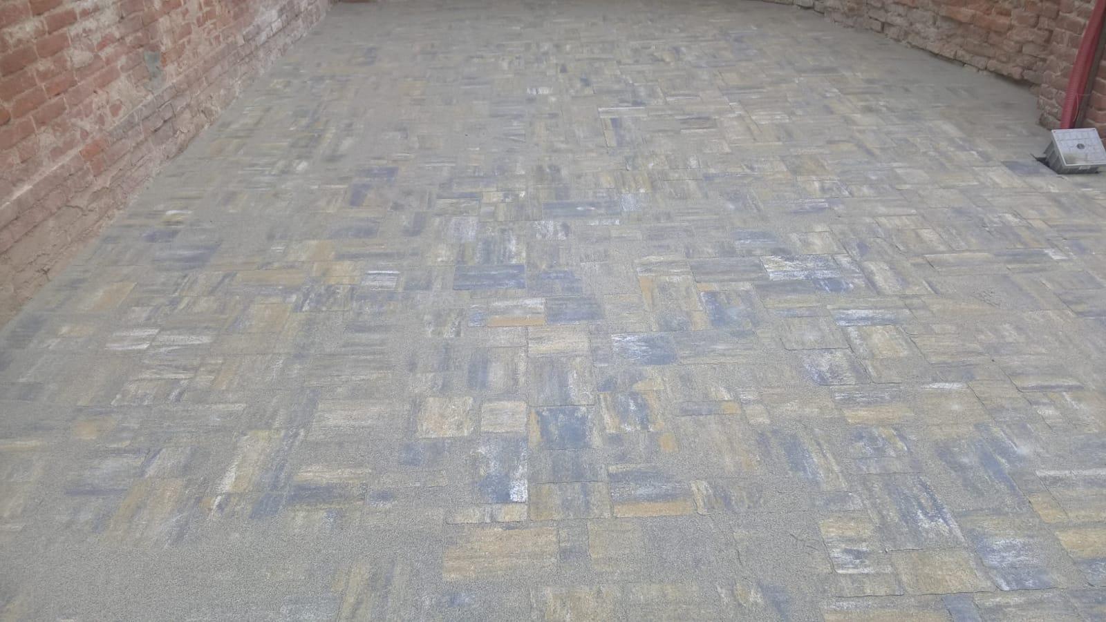 posa pavimentazioni esterne Cozza, posa autobloccanti, masselli, manufatti in cemento, cubetti, canavese, Torino e provincia